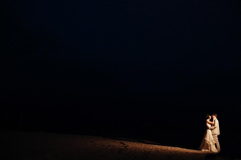 boda nocturna playa bacelona