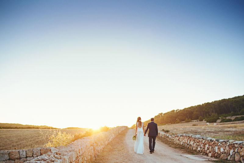 boda en menorca al atardecer