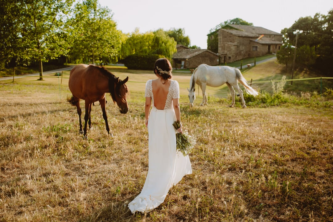 traditional country house wedding catalonia
